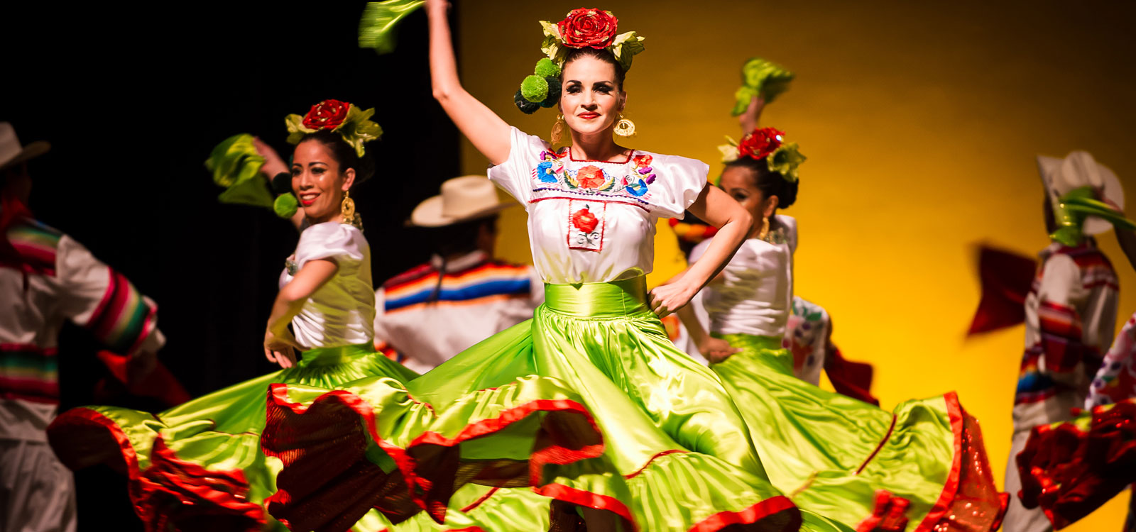 <div class='slider_caption'>		 <h1>Paso de Oro offers Mexican Folklorico dancing like you've never experienced before.</h1>			<a class='slider-readmore' href='http://www.stepsofgolddance.com/registration-tuition/#freeclass'>Try a Class on Us!</a>